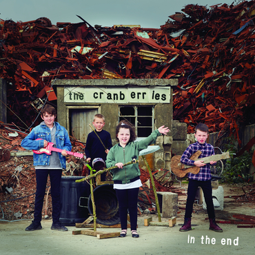 IN THE END (DLX)-CRANBERRIES